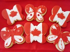 25 Canada Day Food Decoration Ideas, Themed Edible Decorations for Party Table Canada Day Party, Happy Birthday Canada, Happy Canada Day, Butterfly Cookies, Butterfly Party, Canada Day Fireworks, Canada Day Crafts, Diy Crafts To Do, July Crafts