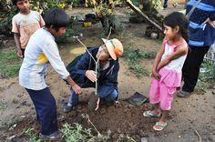 BOLIVIA: San Isidro, le origini. L'ACCRI ha iniziato il suo impegno in #Bolivia nel 2006 con l'avvio di una collaborazione con ASEO (Asociación Ecologica del Oriente), Ong locale, attiva nel Dipartimento di Santa Cruz (Bolivia). Una organizzazione con un'ampia esperienza di lavoro con le comunità nel settore della #tutela #ambientale, della conservazione delle #risorse #naturali, dello #sviluppo #sostenibile.