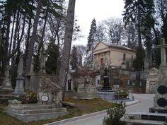 El cementerio de Lychakivskiy, uno de los mas bellos de toda Europa, esta situado en la ciudad de Lviv (Ucrania), antiguamente conocida en castellano como Leópolis. Se creo en 1787, y desde entonces ha sido el lugar elegido por los cristianos de la...