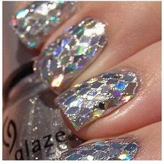 Silver Glitter Mirror #Nails