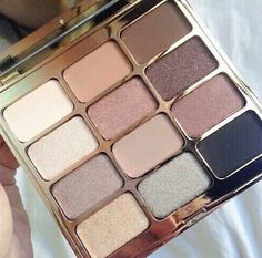 One of my all time favorite eyeshadow palettes - Stila