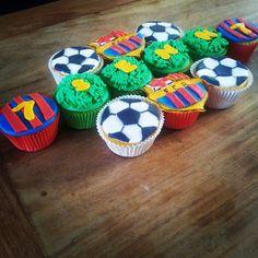 Messi Birthday, Soccer Birthday Parties, Sports Birthday, Soccer Party, Barcelona Cake, Barcelona Party, Barcelona Soccer, Cupcake Toppers, Cupcake Cakes