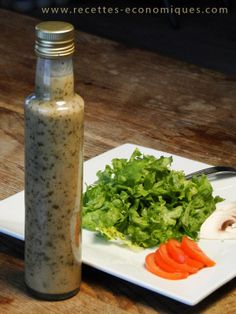 Recipe of the lightened vinaigrette with thermomix, a salad dressing for An extra taste, with shallots, olive oil and maizena. Raw Food Recipes, New Recipes, Healthy Recipes, Salsa Dulce, Marinade Sauce, Cooking Chef, Cooking Sauces, Thermomix Desserts, Kitchenaid