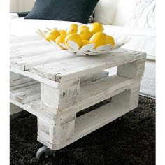 D.I.Y / wooden pallet coffee table, found on polyvore.com /I like the whitewash