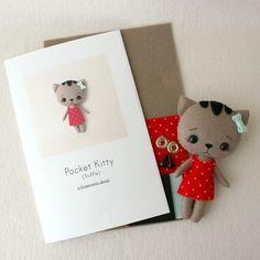 He encontrado este interesante anuncio de Etsy en https://www.etsy.com/es/listing/232612531/truffle-pocket-kitty-pattern-kit