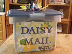 Daisy Girl Scout Mailbox - What a great way for information to be received from and given to parents!