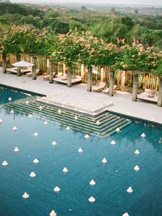 Are you having a backyard wedding? We have 21 wedding pool party decoration ideas for your big wedding day! Pool Wedding, Bali Wedding, Wedding Set, Wedding Bride, Rustic Wedding, Wedding Reception, Wedding Flowers, Wedding Dresses, Pool Party Decorations