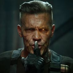 Here is a 1st LOOK at Josh Brolin as Cable in DeadPool 2.