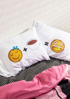 image of Emoji Buzz Pillowcases