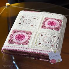 Transcendent Crochet a Solid Granny Square Ideas. Inconceivable Crochet a Solid Granny Square Ideas. Granny Square Crochet Pattern, Crochet Squares, Crochet Motif, Diy Crochet, Crochet Patterns, Baby Girl Crochet Blanket, Crochet Baby, Bernat Baby Yarn, Easy Crochet Projects