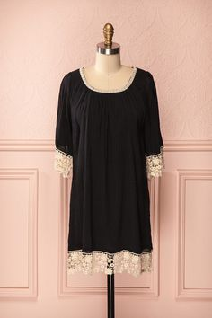 Aurélie - 3/4 sleeves black dress crocheted ivory lace