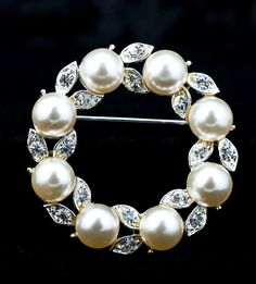 Pearl Circle Pin  Lisner by DianaKirkpatrickArt on Etsy, $20.00