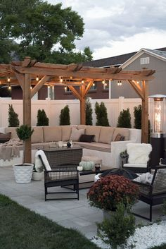 Small Backyard Patio Ideas is among the design tips that you can utilize to reference your Patio. Today many men and women put patio in their yard, Backyard Patio Designs, Small Backyard Landscaping, Backyard Pergola, Diy Patio, Backyard Lighting, Landscaping Ideas, Pergola Kits, Small Pergola, Backyard Ideas For Small Yards