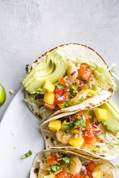 These shrimp tacos are our absolute favorite! They are slightly crispy and full of so much flavor. Paired with some fresh mango, a quick pico, some shredded lettuce and a bunch of queso fresco cheese, they make a great weeknight meal! Shrimp Tacos, Crispy Shrimp Taco Recipe, Shrimp Taco Recipes, Healthy Eating Recipes, Easy Healthy Dinners, Healthy Cooking, Healthy Dinner Recipes, Taquitos Al Pastor, Fresh Fruit