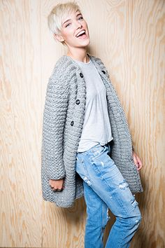 Crochet cardigan outfit winter chunky knits Ideas for 2019 Diy Crochet And Knitting, Crochet Coat, Baby Hats Knitting, Crochet Jacket, Knit Vest, Crochet Cardigan, Crochet Clothes, Crochet Fashion, Diy Fashion
