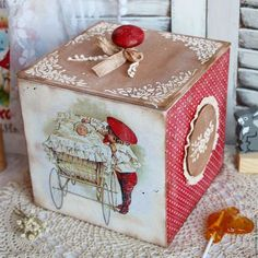 Decoupage Glass, Decoupage Vintage, Decoupage Paper, Baby Girl Christmas, Fabric Boxes, Pintura Country, Plant Art, Vintage Box, Jar Gifts