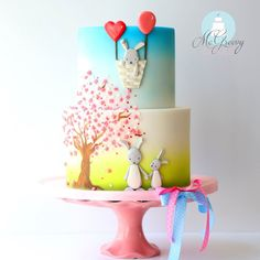 It's one thing cutting and shaping fondant, but painting on a cake makes a decorator a true artist, as these stunning hand-painted cakes prove! Gorgeous Cakes, Pretty Cakes, Cute Cakes, Fondant Cakes, Cupcake Cakes, Airbrush Cake, Hand Painted Cakes, Spring Cake, Animal Cakes