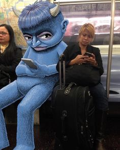 Artist Ben Rubin Draws Fantastical Creatures Interacting with Commuters on NYC Subway #illustration #humor