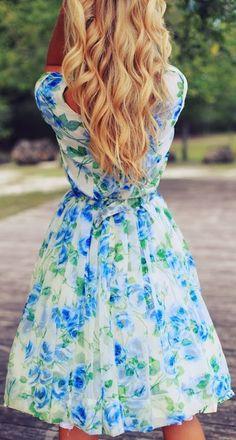 Super cute floral flowy chiffon dress