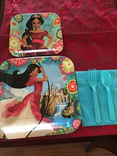 These were the dinner plates and cake plates used for the party. I also used solid blue napkins and utensils. I found these on Amazon.