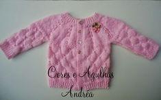 Cores e Agulhas: Casaquinho para Bebe em Trico Aninha - Free Pattern Baby Knitting Patterns, Baby Clothes Patterns, Baby Patterns, Clothing Patterns, Crochet Bebe, Book Girl, Baby Sweaters, Knit Cardigan, Cute Babies