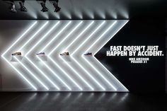 NIKE POP UP STORE - deform                                                                                                                                                                                 Más