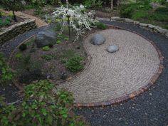 how to design a ying yang garden   yin&yang @Green Vine Botanical Design