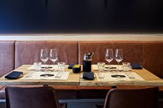 L'Amitié in #Antwerpen www.newplacestobe.com Antwerp Belgium, Delicious Restaurant, Table Settings, Eat, Bistro, Furniture, Restaurants, Home Decor, Table Top Decorations