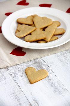 Simple Almond Hearts - Emma's Little Kitchen