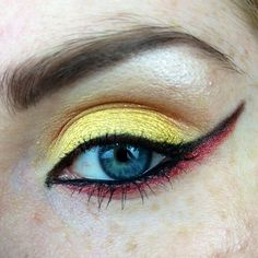 The Dark Phoenix makeup look so cute!
