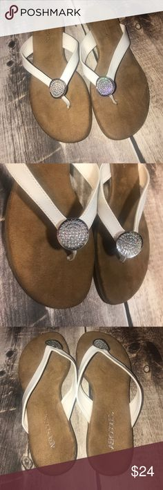 72f9d90ce Woman s flip flops Like new condition . Size 9 woman s AEROSOLES Shoes  Sandals Womens Flip Flops