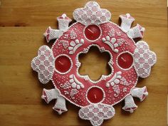 svícen Gingerbread Houses, Pain, Christmas Cookies, Advent, Candle Holders, Wreaths, Candles, Halloween, Photos