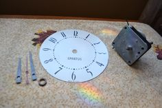 Vintage Spartus Electric Wall Clock Parts- Motor, Face & Clock Hands- As Found #Spartus