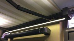 LED osvětlení integrované v markýze