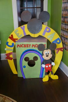 Mickey Mouse Clubhouse birthday party...cardboard clubhouse :: me and you and a dog named boo