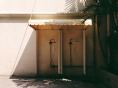 See related links to what you are looking for. Vsco Grid, Fresco, Dan, Fresh