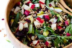 This looks like a yummy fall salad