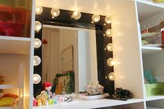 Now that's pretty: DIY Dressing Room Mirror