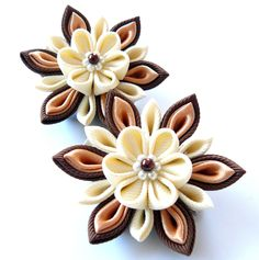 Kanzashi Fabric Flowers Set of 2 hair clips Ivory and by JuLVa