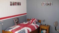 chambre garon ado pour les couleurs des murs et le liseraie rouge - Chambre Blanc Gris Et Rouge