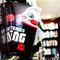 """13 Me gusta, 1 comentarios - Libreria Morelos (@libreriamorelos) en Instagram: """"IT del autor #stephenking, ¿Estas preparado para leer esta terrorífica historia? 🤡 ¡Visítanos en…"""""""