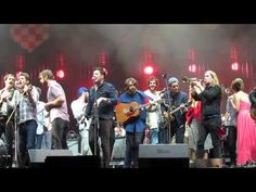 Mumford and Sons invite their friends out to sing The Weight with Old Crow Medicine Show, Edward Sharpe, Hey Rosetta!, Dan Mangan, The Vaccines, The Walkmen, Bear's Den, etc.
