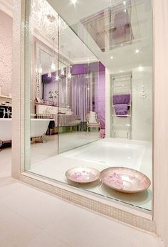 Glamorous bathroom from diferent angle.