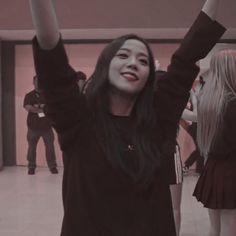 South Korean Girls, Korean Girl Groups, Living Barbie, Blackpink Debut, Picture Mix, Blackpink Members, Lisa, Blackpink Jisoo, Girl Bands
