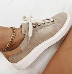 Dr Shoes, Swag Shoes, Cute Shoes, Me Too Shoes, Tan Nike Shoes, Tennis Shoes Outfit, Beige Shoes, Trendy Shoes, Women's Casual Shoes