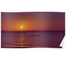 Sunset over Port Phillip Bay - Melbourne, Victoria Poster