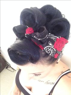 Pinup hair http://thepinuppodcast.com shares this images to support pin up and rockabilly artists, models and photographers.
