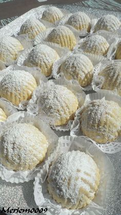 Maamoul - The Cuisine of Meriem Biscuit Dough Recipes, Pastry Recipes, Baking Recipes, Soup Recipes, Maamoul Recipe, Arabian Food, Homemade Popsicles, Mini Burgers, Filled Cookies