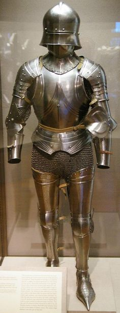 European riveted mail brayette (groin protection) shown being worn with a composite gothic armour, 15th to 16th century with modern additions. Philadelphia Museum of Art.