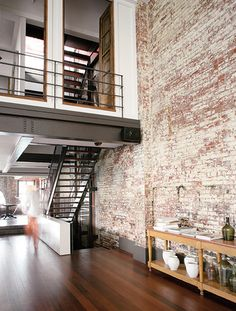 {Loft life} screw a house. I want a loft! Loft Interior, Estilo Interior, Interior Architecture, Brick Interior, Kitchen Interior, Modern Interior, Kitchen Design, Interior Balcony, Interior Windows
